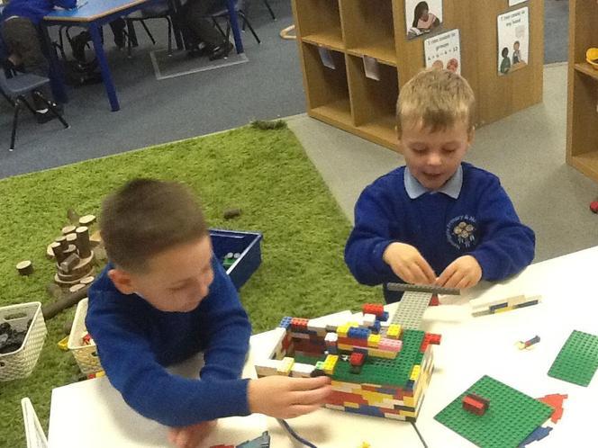 Constructing using the Lego!