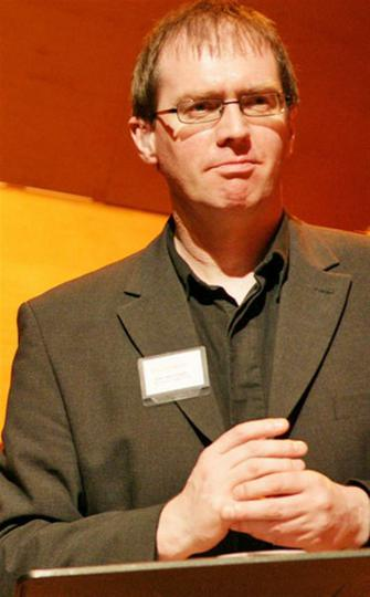 Dr Paul Whittaker