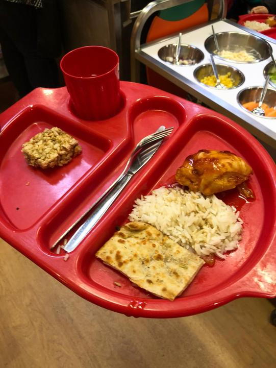 KS1 Hunters chicken, rice and flat bread