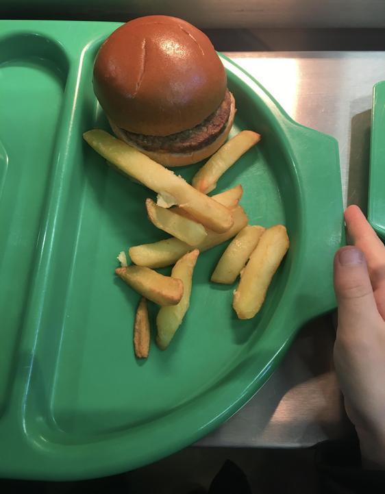 KS1 Quorn burger (V)