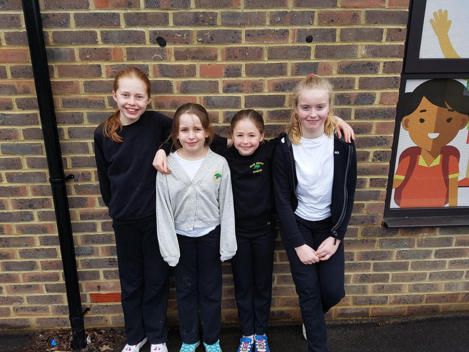 Year 5 Girls Race