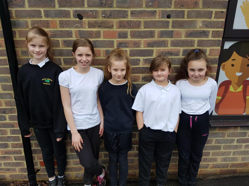 YEar 6 Girls Race