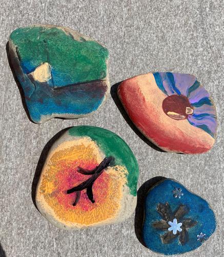 EN's seasonal rock paintings