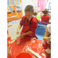 Making and measuring spaghetti for Mr Twit.