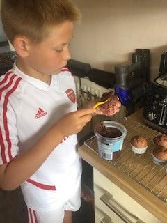 BB Zoom Challenge Making Cakes