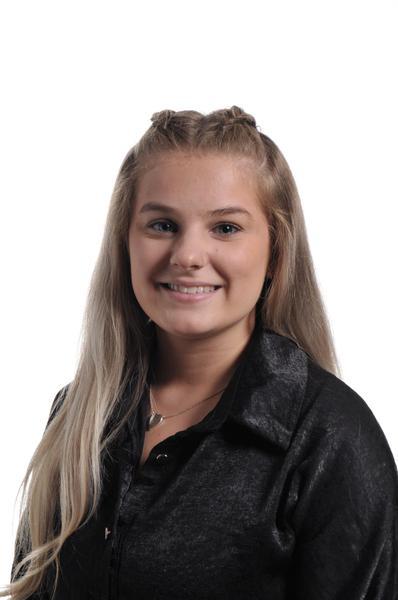 Miss D Hamilton - Apprentice TA