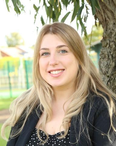 Miss Dodd - KS2 Teacher, Amethyst & Topaz