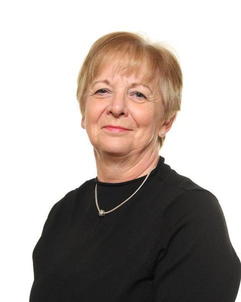 Mrs Holland - Teaching Assistant, MDSA & Night Owls Leader