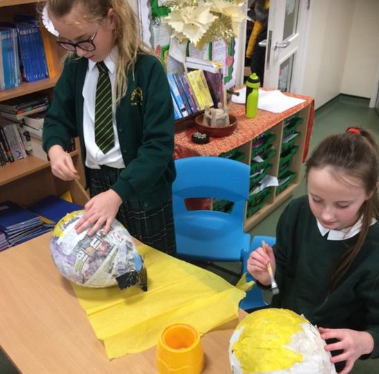 Dragon class designing and making pinatas