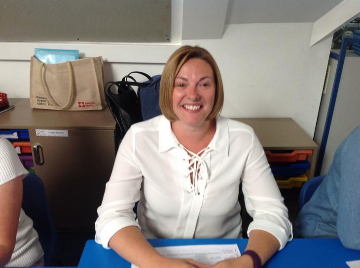 Mrs. Jayne Pryor, Class 3 Teacher