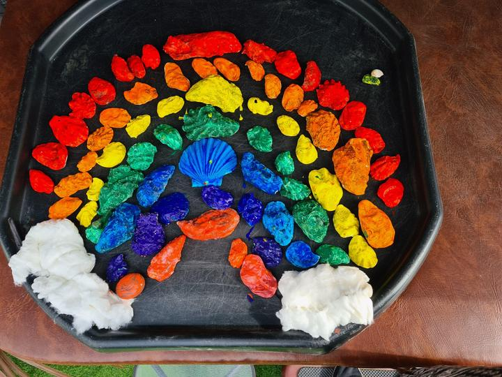 Look at this beautiful rainbow Liam made!