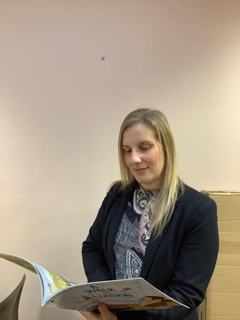 Mrs F Grainger - Teacher in Charge