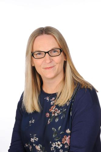 Natasha Dunn – Librarian