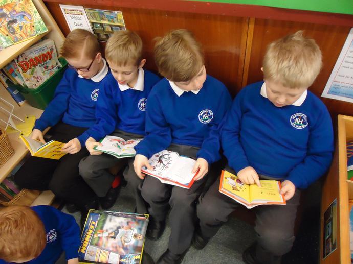 We love Dr Seuss books!