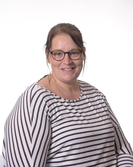 Amanda Jones - 1:1 Teaching Assistant