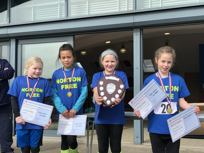 Y3/4 Girls win the relays