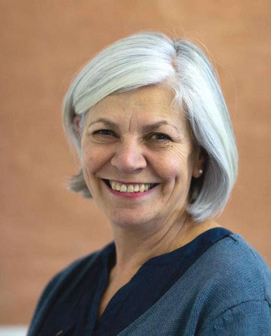Mrs Courtenay-Warren - Year 5/6 Teacher and UKS2 Lead