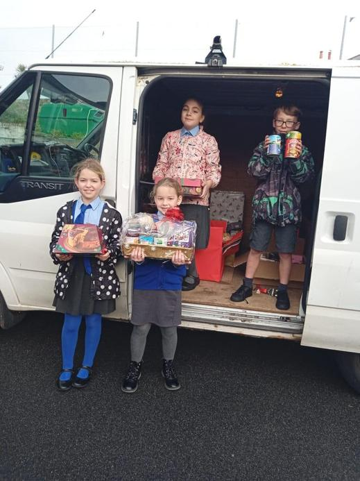 Delivering food for the Guernsey Welfare Charity - December 2020