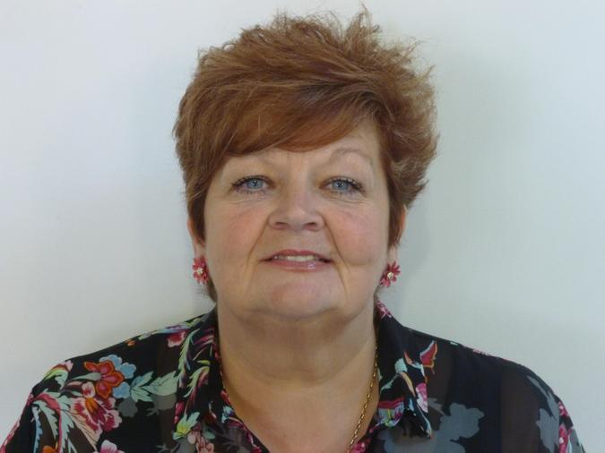 Annie Snell, Associate Teacher