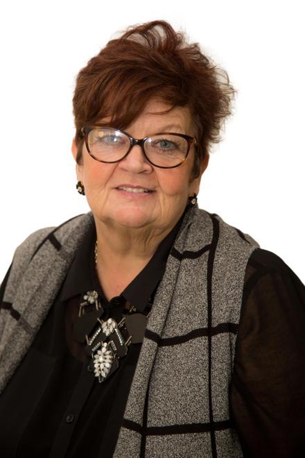 Anne Snell - Associate Teacher