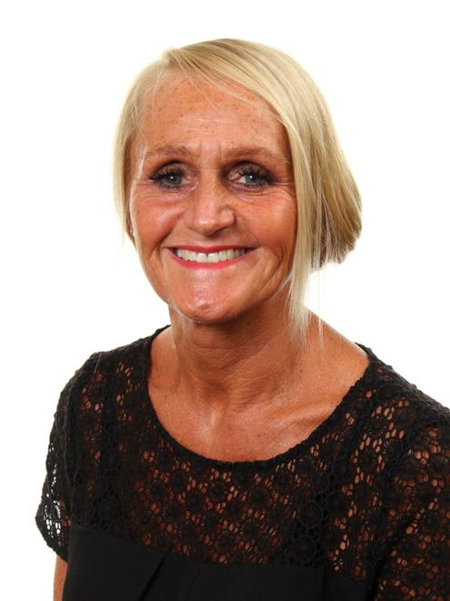 Liz Melbourne - Associate Teacher