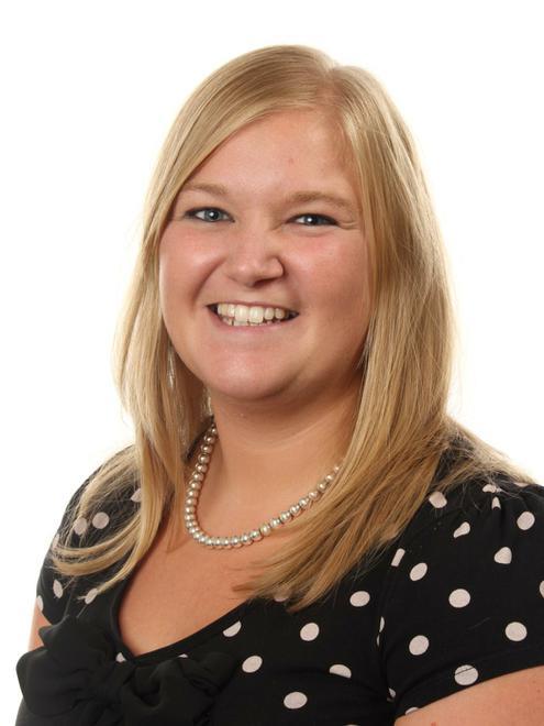 Caela Deehy - Associate Teacher