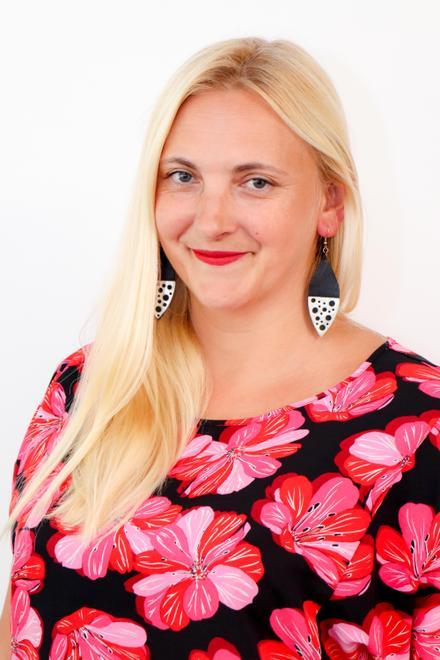 Marianna James - Associate Teacher