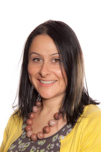Mrs L Simpson - Y1 Teacher