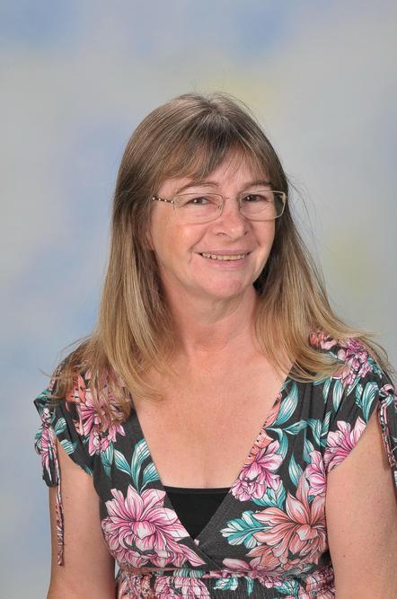 Mrs Hunter - HLTA