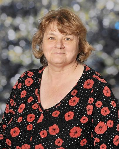 Miss L Davies