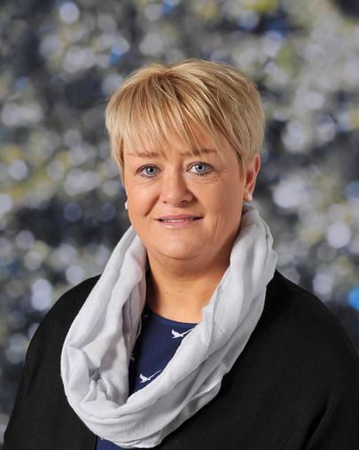 Mrs F Quinney