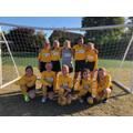 The Oaks Girls' Football A-team against Sidegate
