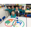 We can use a Venn diagram to sort objects.