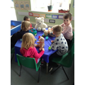 Retelling Goldilocks and the 3 bears