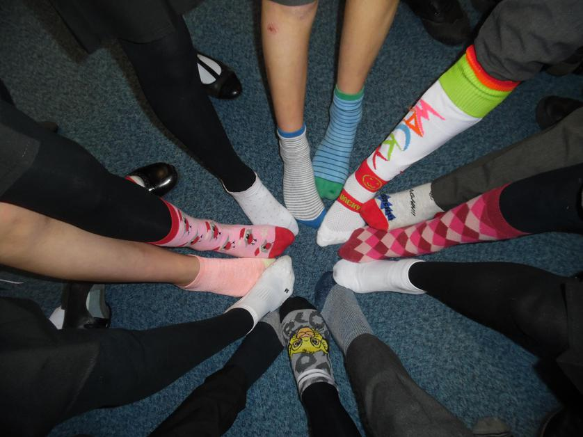 Anti-bullying odd socks! It was great to see lots of children in Flamingos wearing their odd socks on Monday 13th November.