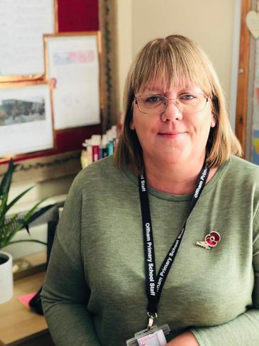 Mrs Julie Lovell - Teaching Assitant