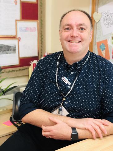 Mr Jason Hutchinson - 1:1 Teaching Assistant