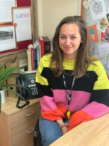 Miss Lauren Sampayo - 1:1 Teaching Assistant