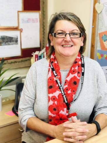 Mrs Sue Bush - Breakfast Club Playleader
