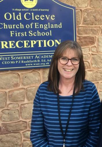 Mrs Elizabeth Lynch - School Administrator