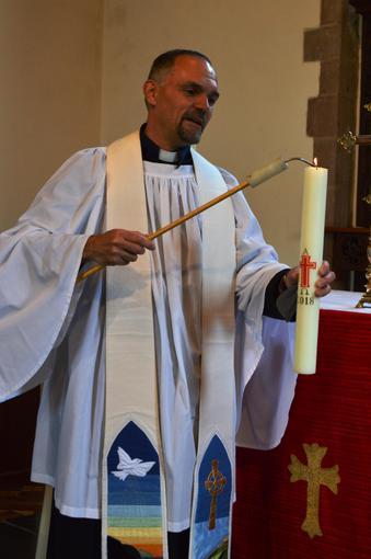 Rev. Kenneth Cross officiated