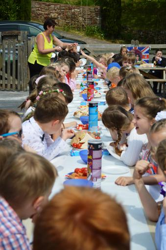 Everyone enjoyed a fantastic lunch
