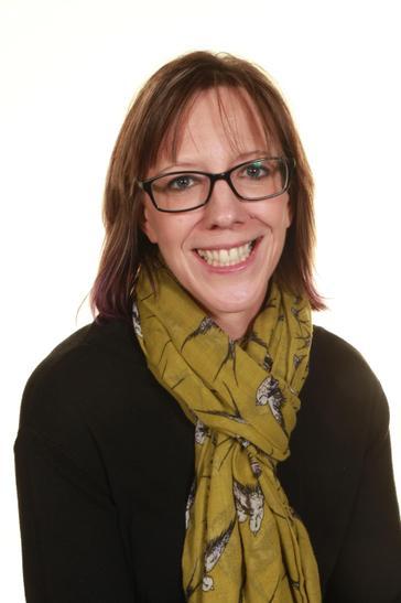Michelle Willshaw - HLTA and Cookery Teacher