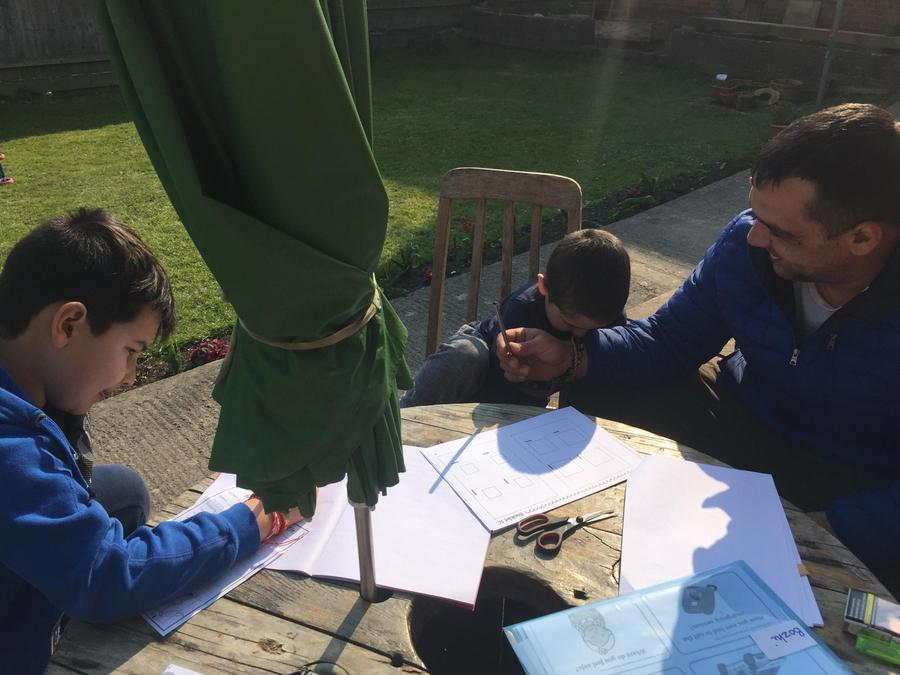 How lovely to be able to learn in the sunshine!