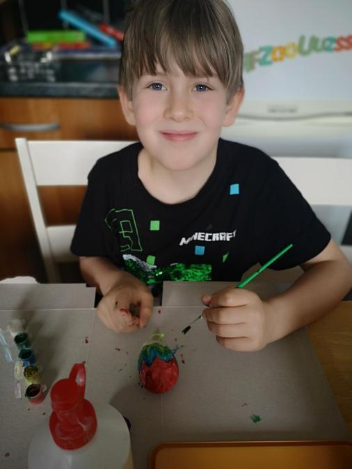 He made a rainbow egg too.