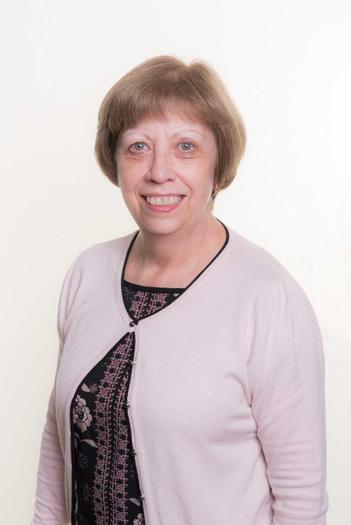 Mrs Scarlett HLTA