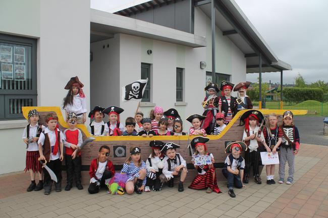 Captain Williamson's Crew
