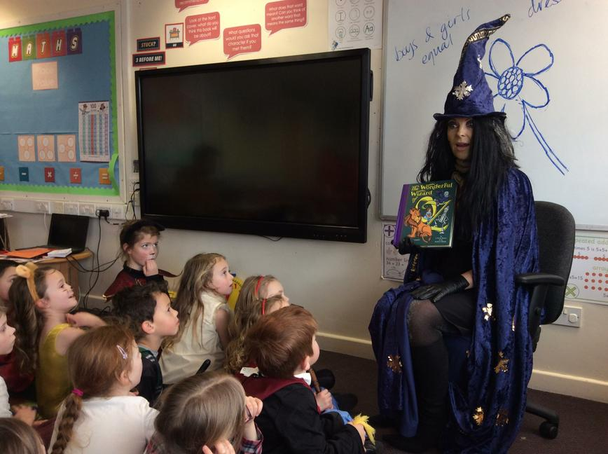 Mystery Reader - Mrs Phillips came in to read.