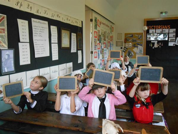 Life in Victorian Times - School and Education