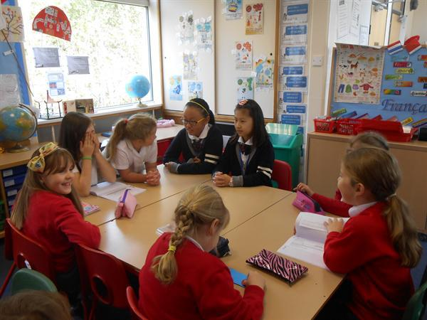 Joint lessons with pupils from China